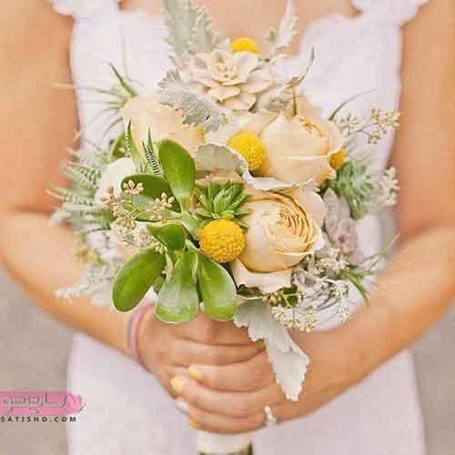دسته گل عروس ساده و با رنگ ترکیبی