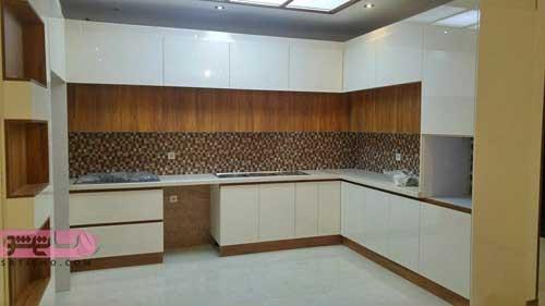رنگ بندی کابینت های گلاس برای آشپزخانه