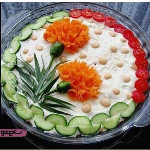جدیدترین مدل تزیین سالاد الویه با خیار و گوجه