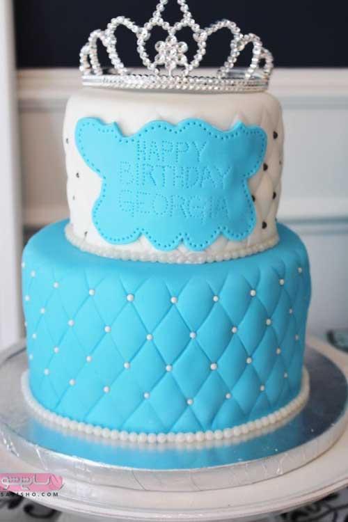 زیباترین تزیین کیک با داشتن تاج که معنی پادشاه را دارد مناسب آقا پسرا