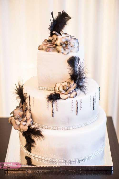 شیک ترین تزیین کیک عروسی همراه با گل و سفید رنگ