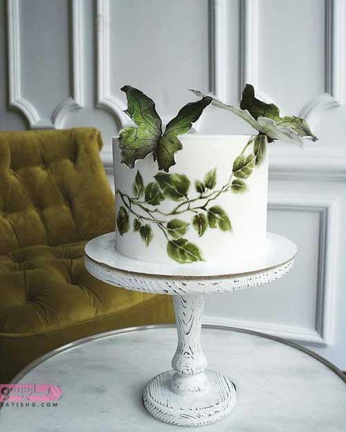 تزیین کیک عروس با خامه و میوه