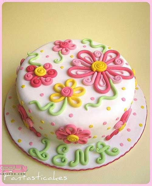 تزیین کیک تولد دخترانه رنگی رنگی با خمیر فوندانت