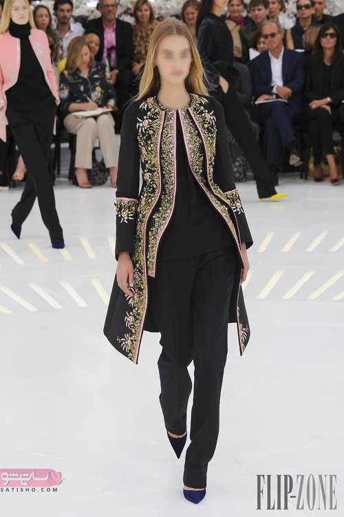 عکس مانتوی مجلسی بلند دخترانه با خرجکار طلایی
