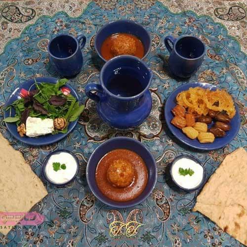 تزیین سفره افطار با ظروف سنتی