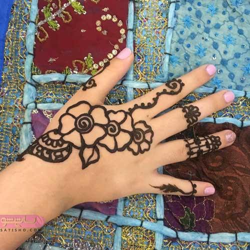 عکس طرح حنا روی دست