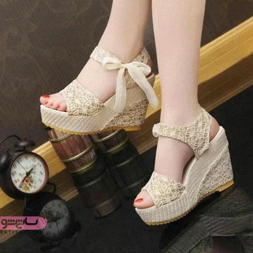 مدل کفش مجلسی سفید طلایی