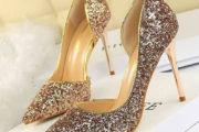 50 عکس جدید از انواع مدل کفش مجلسی زنانه طلایی ویژه سال جدید