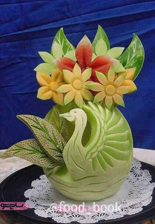تزیین هندوانه به شکل پرنده برای یلدا 98