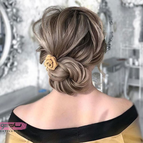 مدل موی ساده عروس با گیر سر گل قهوه ای