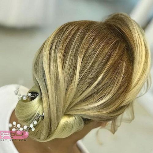 مدل شینیون موی عروس نیمه باز طلایی استخوانی رنگ
