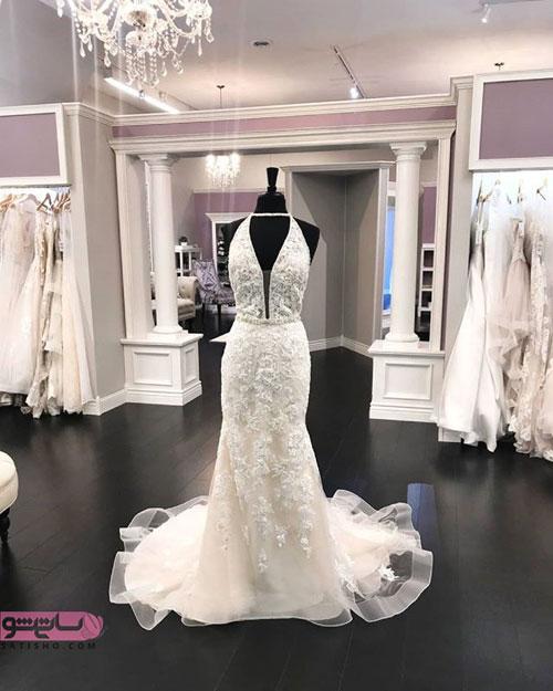 لباس عروس جذاب با یقه بسیار زیبا