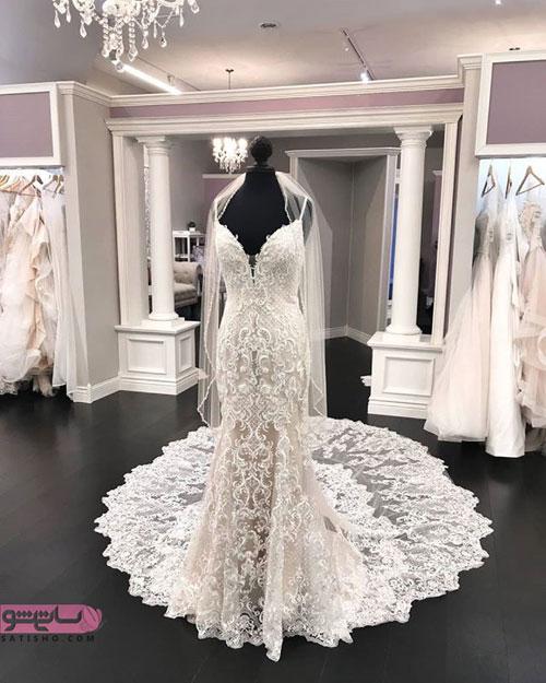 لباس عروس گلدوزی شده