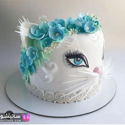 کیک تولد یک طبقه ساده برای جشن تولد