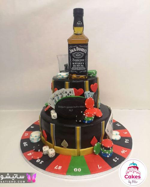کیک تولد برای دختران جوان