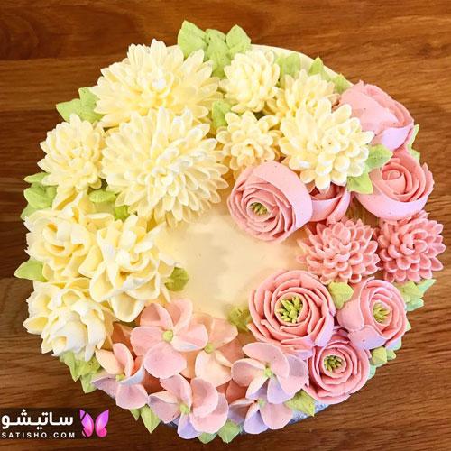 عکس کیک تولد مدرن با گل های ظریف