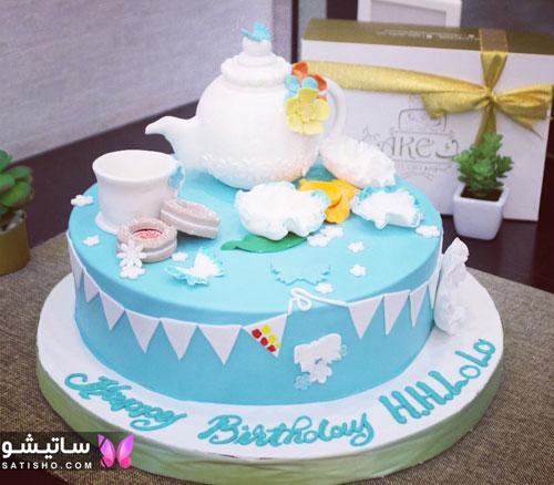 کیک تولد دخترانه تزیین شده با خامه رنگی