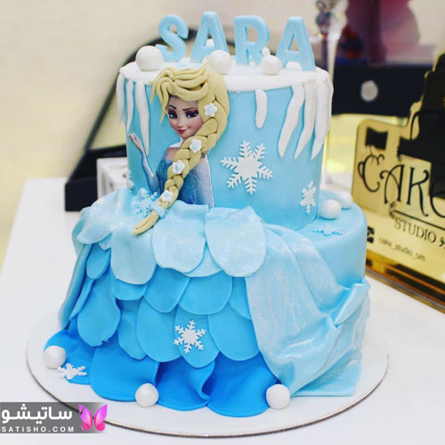 کیک تولد دخترانه طرح شخصیت کارتونی