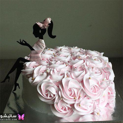 تزیین کیک با گل رز خامه ای