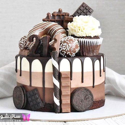 عکس تزیین کیک تولد شکلاتی خانگی