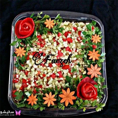 تزیین سالاد شیرازی با گوجه به شکل گل رز