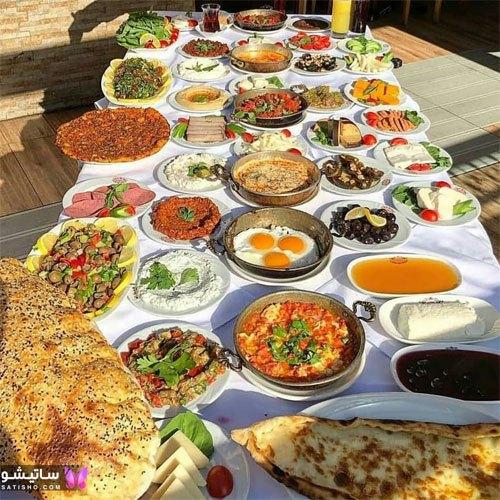 تزیین میز صبحانه مهمانی