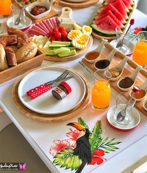 مدل چیدن میز صبحانه عروس
