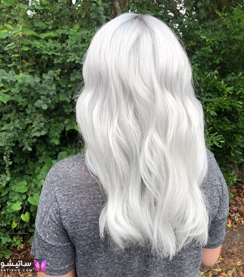 زیباترین رنگ موی ترکیبی دودی و استخوانی