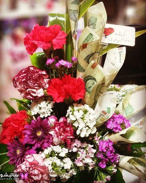 تزیین پول با گل برای کادو