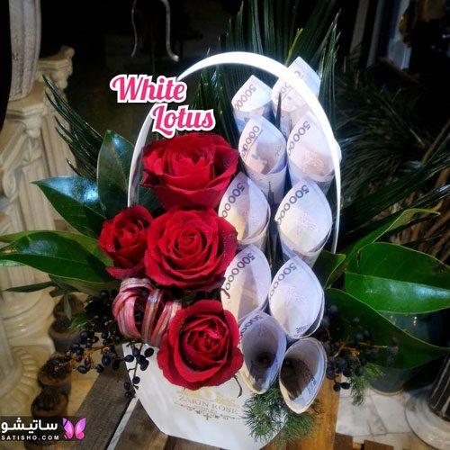 باکس گل رز تزیین شده با پول