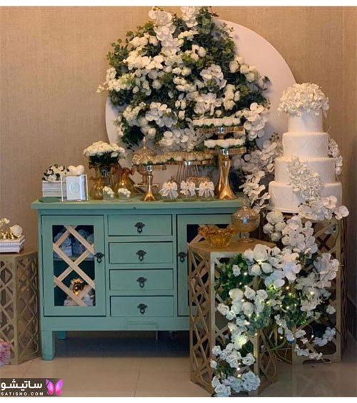میز نامزدی با گل و شمع