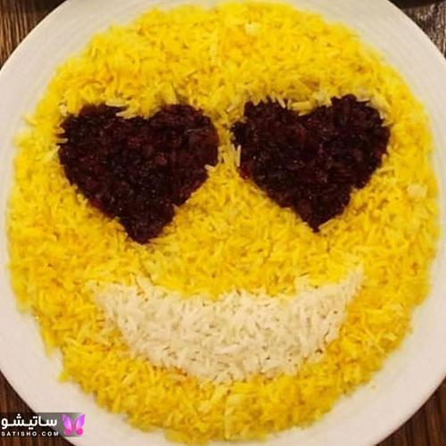 تزیین برنج با زعفران و زرشک مجلسی
