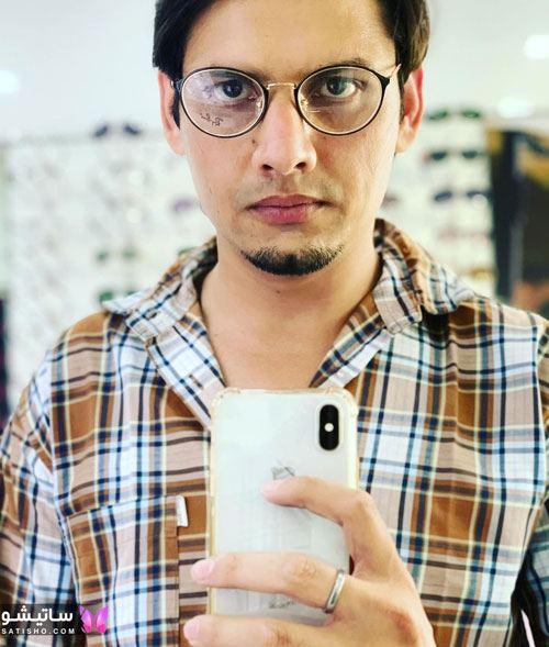 عکس مدل عینک طبی مردانه برای صورت گرد