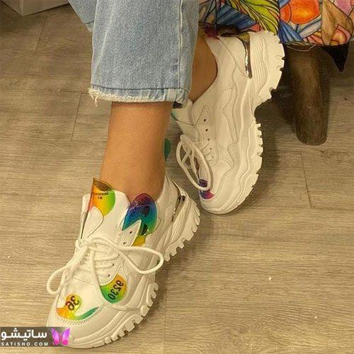 عکس کفش اسپرت دخترانه شیک سفید هـولوگرامی