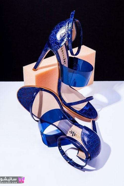 گالری از انواع مختلف مدل کفش آبی کاربنی در تناژ های زیبا