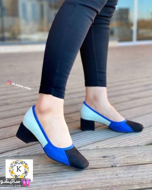 عکس کفش مجلسی دخترانه پاشنه کوتاه آبی رنگ