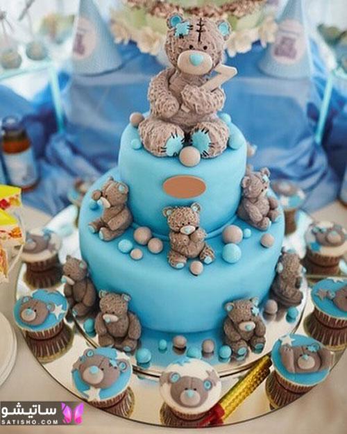 کیک تولد پسرانه به همراه کاپ کیک