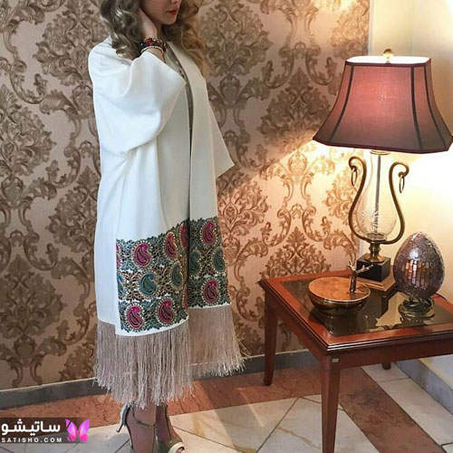 manto sefid satisho 36 - مدل مانتو سفید در طرح های اسپرت تابستانی و مجلسی زنانه 1400